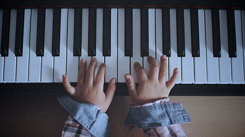 piano lessons photo